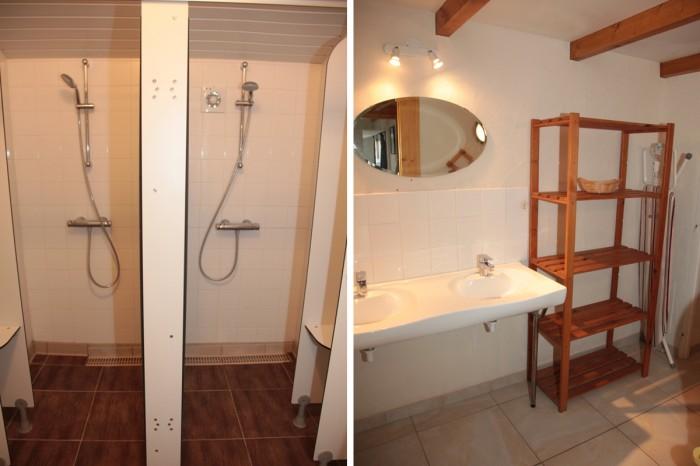 Salle d'eau avec 2 douches